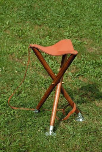 GASTROCK - Dreibein Trioled 60cm m. klappbaren Tellerspitzen