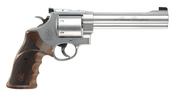 SMITH & WESSON - 629-6,5'' Classic Champion .44Magnum